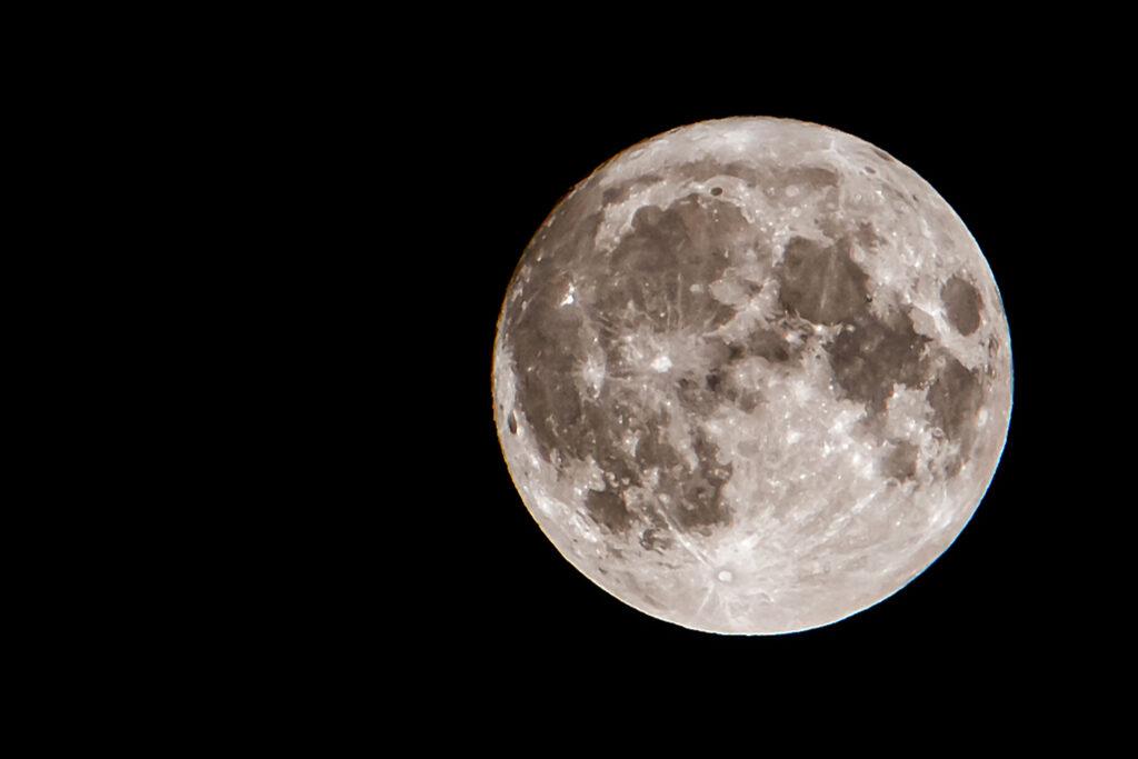 Fuldmåne fredag d. 13. september 2019